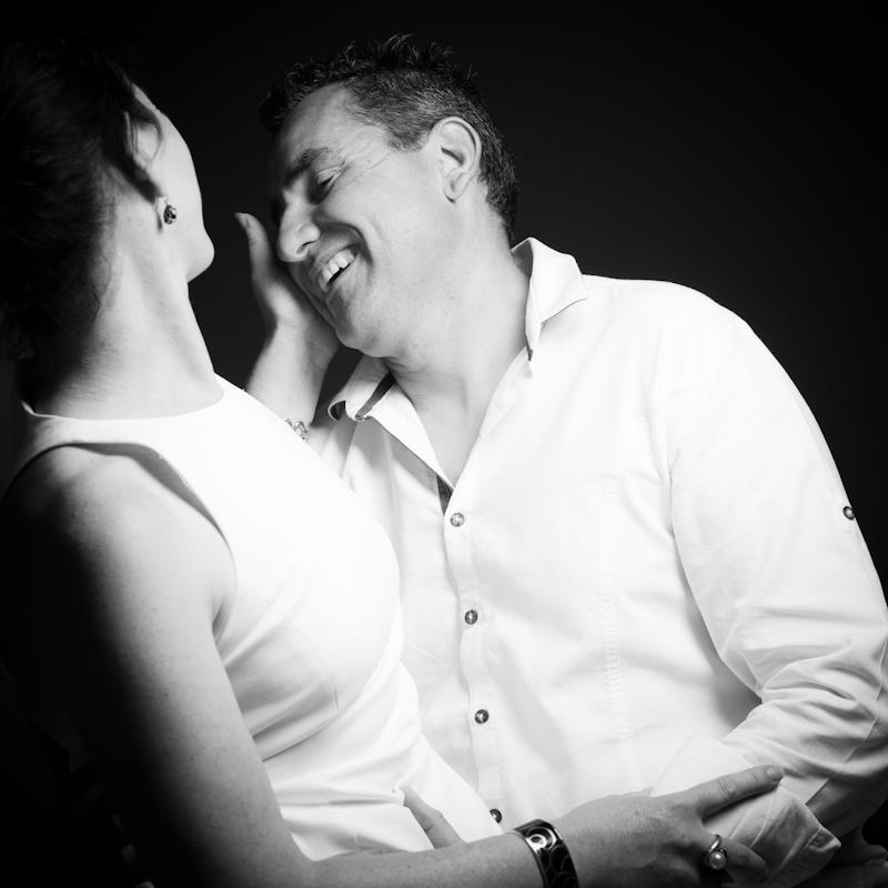 portrait de couple en noir et blanc par Francis Selier