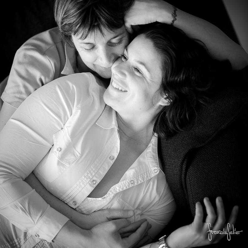 Francis Selier photographe portrait de couple de femmes noir et blanc Poitou-Charentes (1 sur 6)