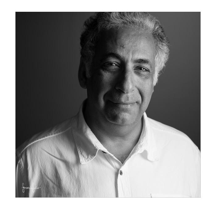 Portrait de Nabil Boutros, photographe et scénographe