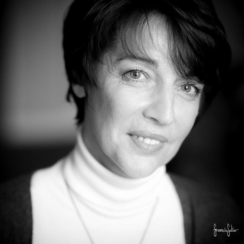 Portrait de femme angouleme charente Francis Selier