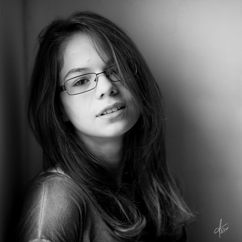portrait noir et blanc enfant