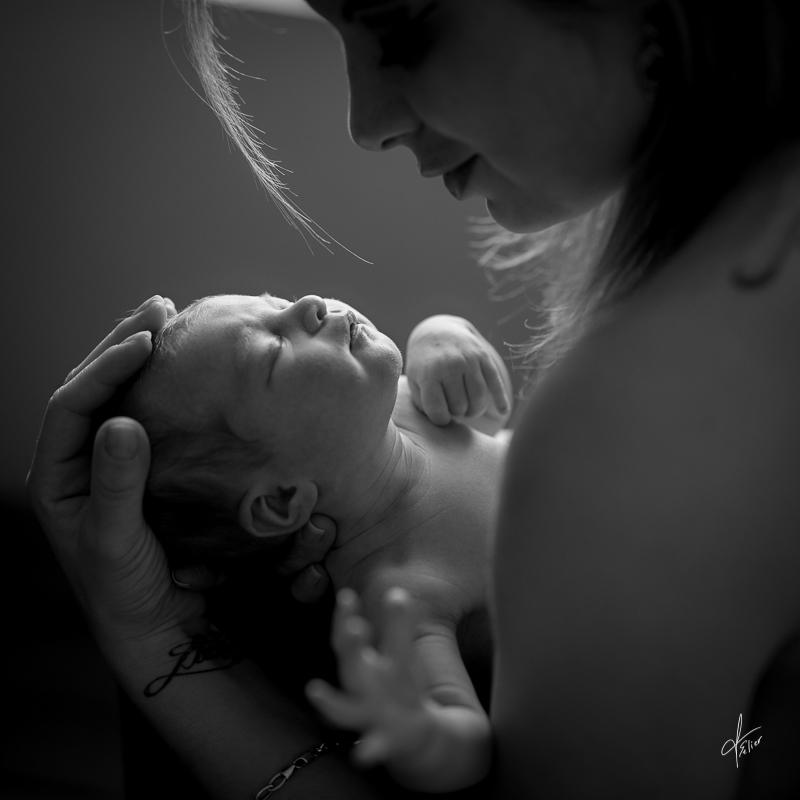 séance photo peau à peau avec maman