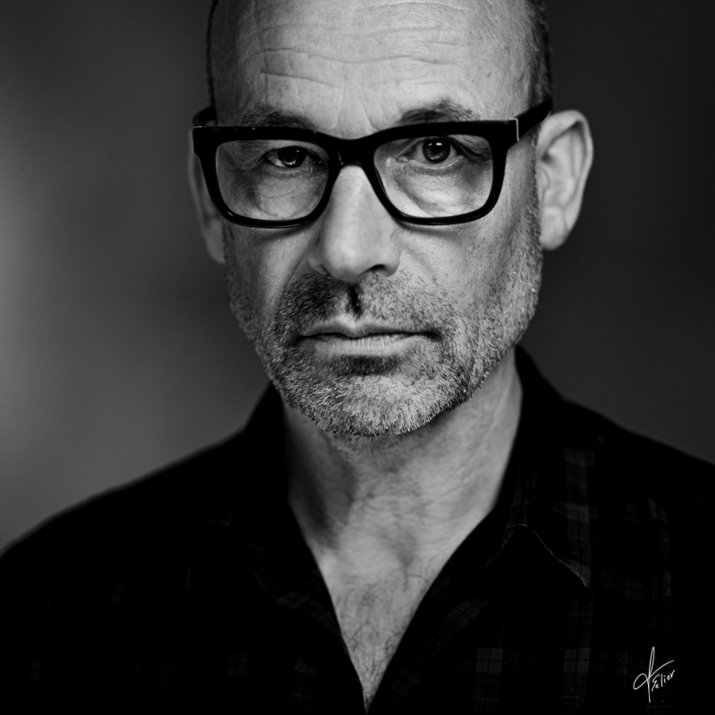 portrait en noir et blanc de Lucien Clergue
